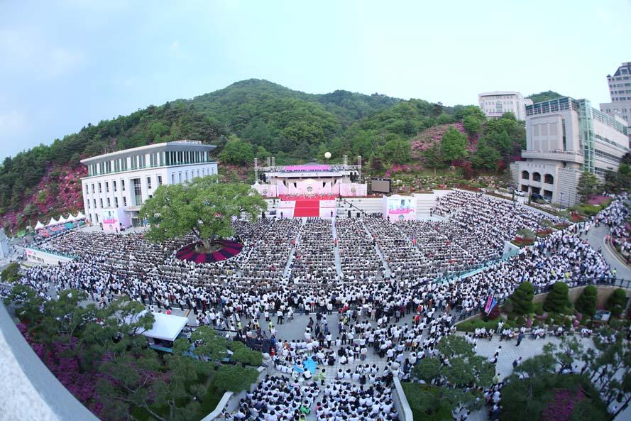 天運相続孝情奉献式 ( 大役事 2日目  5/11)